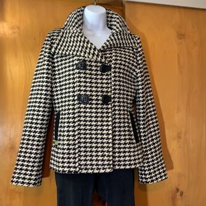 Soia & Kyo houndstooth double breasted short coat